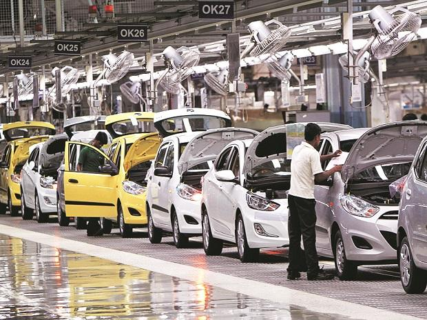 A GST Cut Can Put Auto Sales on Fast Track to Revival